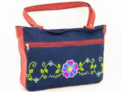 Cartera bordada de jean CAR0802004